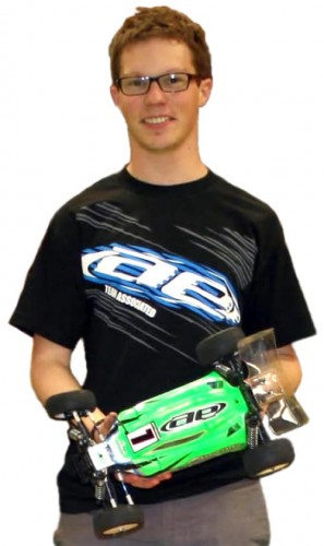Second win in a row for Arnaud Buffat / Team Associated B44.2 @ SIORC round 2 !