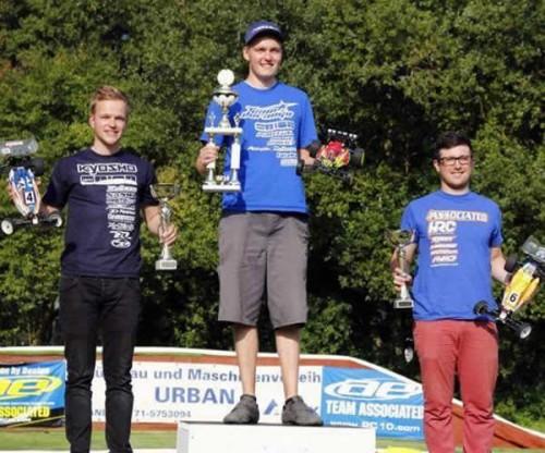 Patrick Hofer / Team Associated B5M on the podium of 2WD German Nationals !