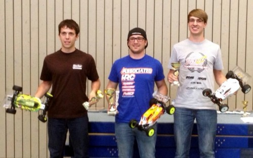 Patrick Hofer / Team Associated B44.3 TQ and wins Leonberg Indoor Race !