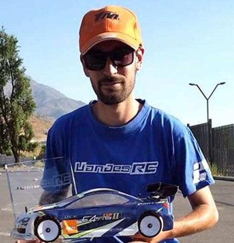 Ernesto Grez - TeamMagic E4rs II EVO - Winner UAndesRC 2014 anual championship.