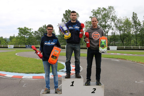 Thomas Vigneron / Team Magic E4RS III+ Top Qualifier and finishes 2 of the French Nats round 3 !!
