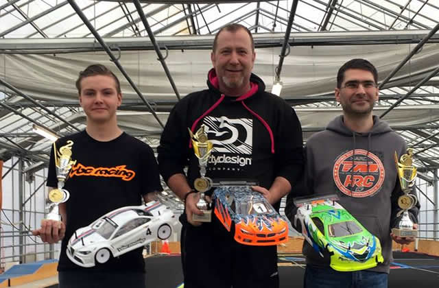 Christophe Libeer / Team Magic E4RS III Plus on the podium at the Lovan RC Challenge round 4 !