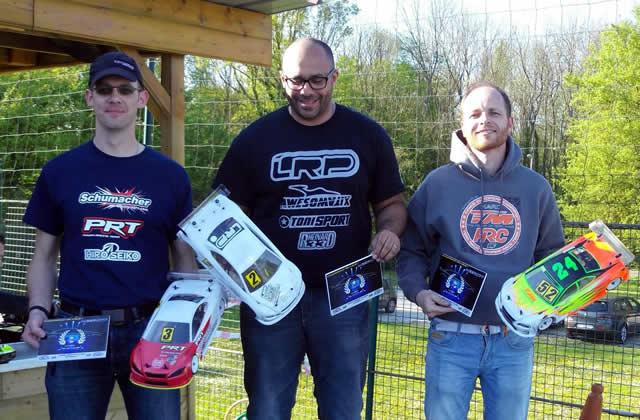 Thomas Vigneron / Team Magic E4RS III Plus finishes 2 @ Emerainville